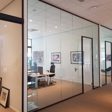 glazen-wand-kantoor-afscheiding-project-glaskoning